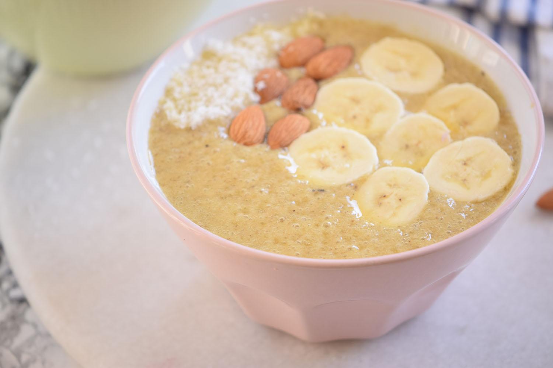 Banana Mango Fruit Smoothie Bowl