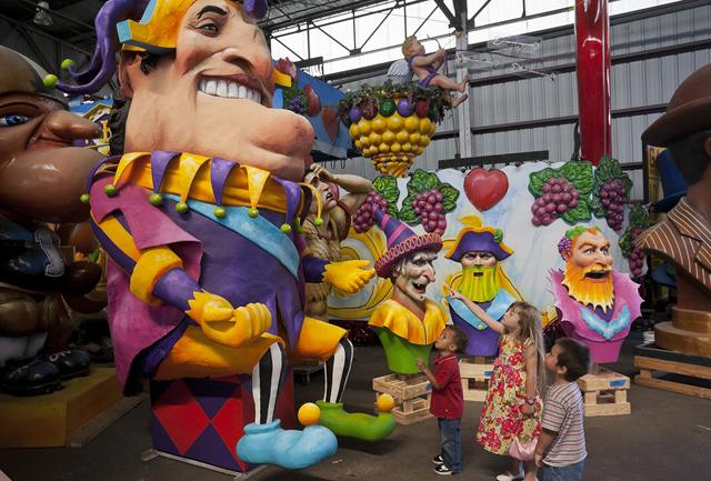 Mardi Gras World Floats - New Orleans Family Adventures