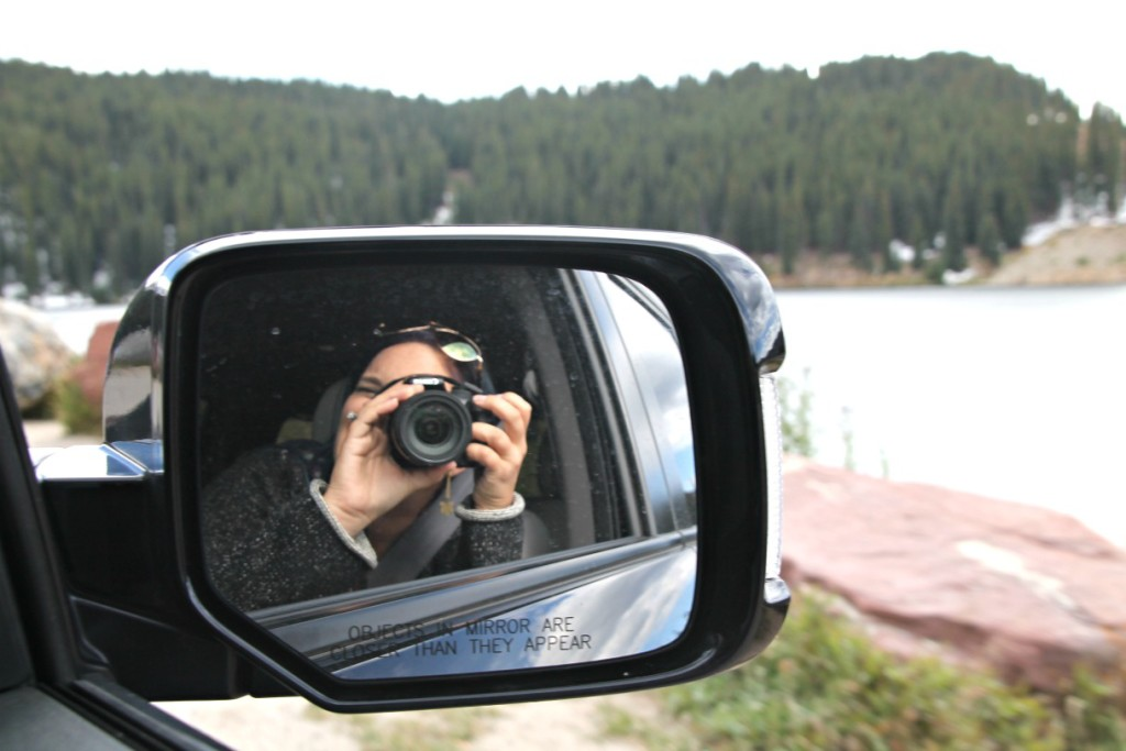 picture in a car review mirror - day trip to Aspen