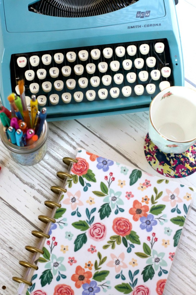 deskscape - writing day