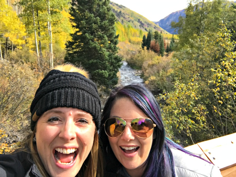 two girls in the mountains - day trip to Aspen
